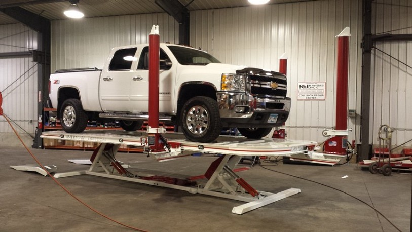 American Freedom GT Frame Rack Pulling Pickup Truck