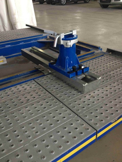 EZ Frame Clamp Sadl System On Car O Liner Bench
